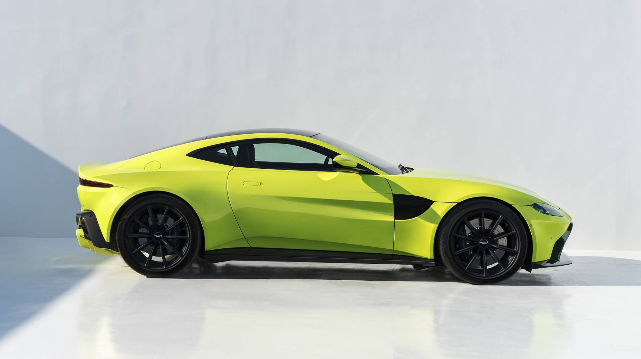 Aston Martin Vantage entry level luxury with the looks