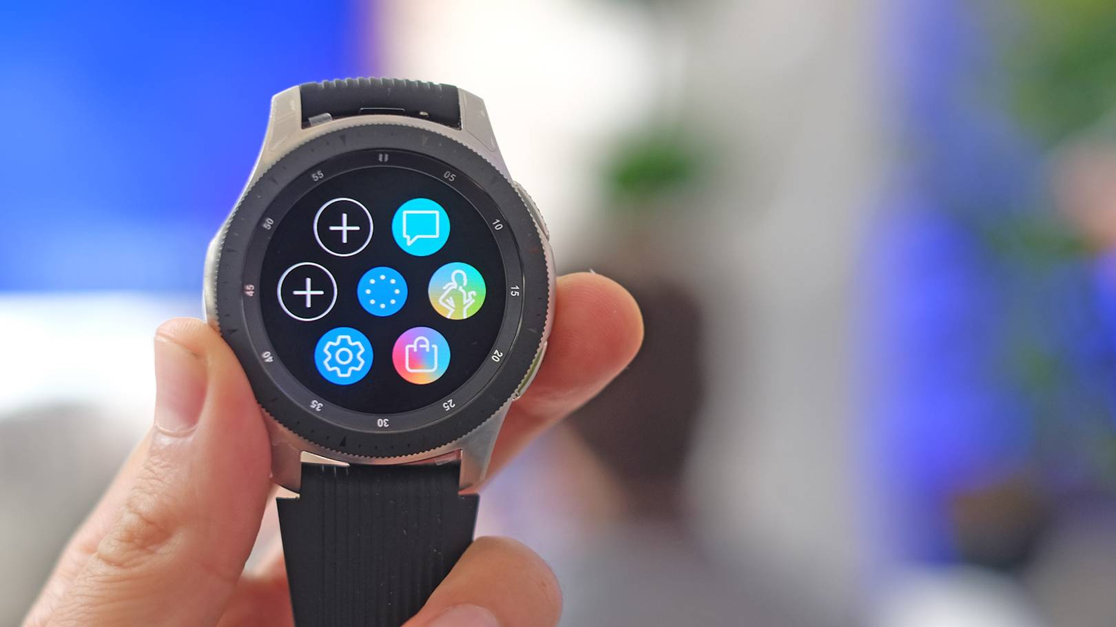 Samsung Galaxy Watch hands-on: still let down by a lack of