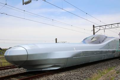 The unreal science of Japan's 400kph bullet trains explained