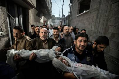 Paul Hansen's photo as it was submitted to the World Press Photo of the Year Award