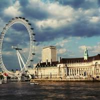 14. London Eye
