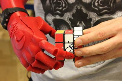 The prototype prosthetic hand can be manufactured in less than two days using a 3D-printer