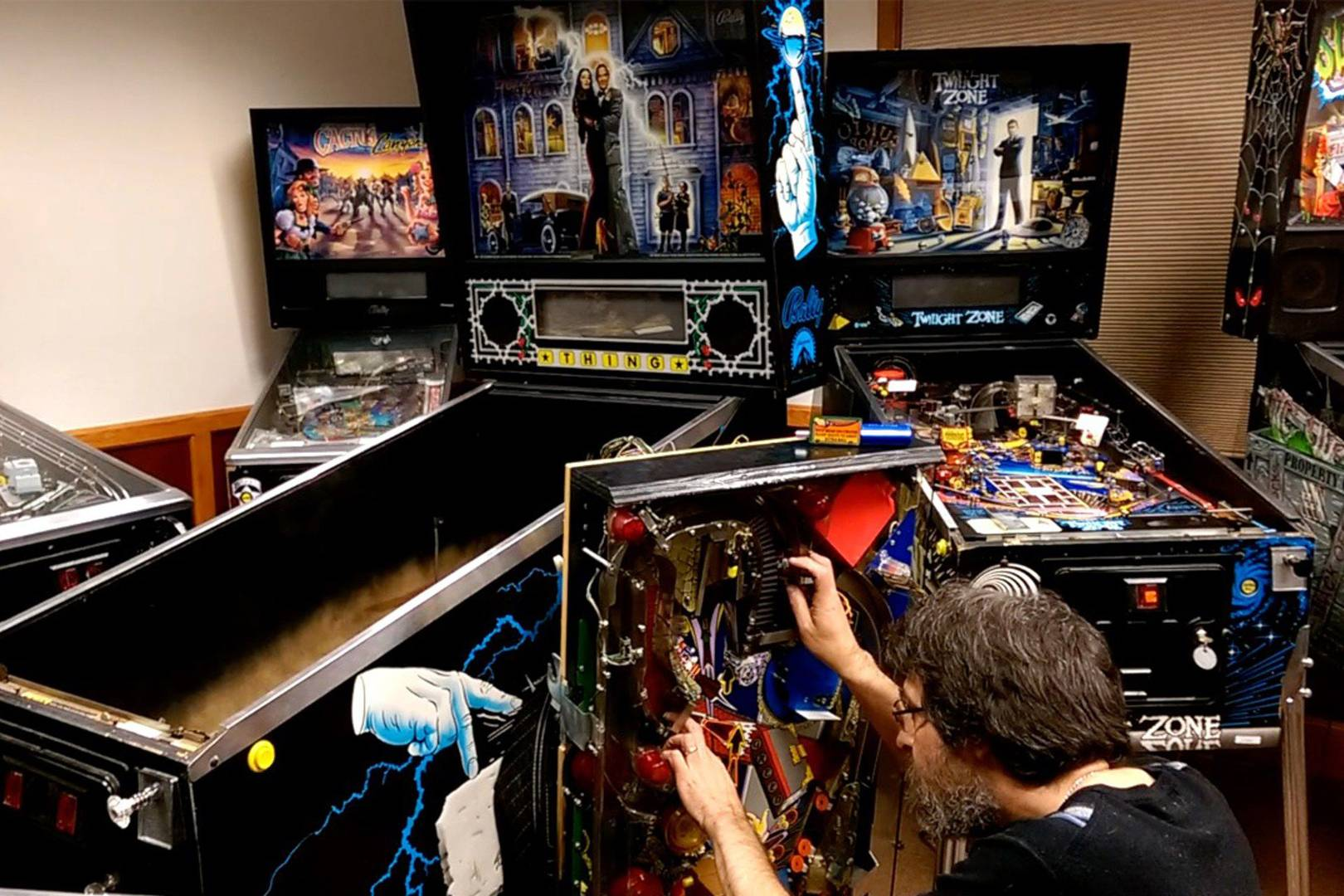 The Addams Family pinball is a jewel in Pinball Arcades