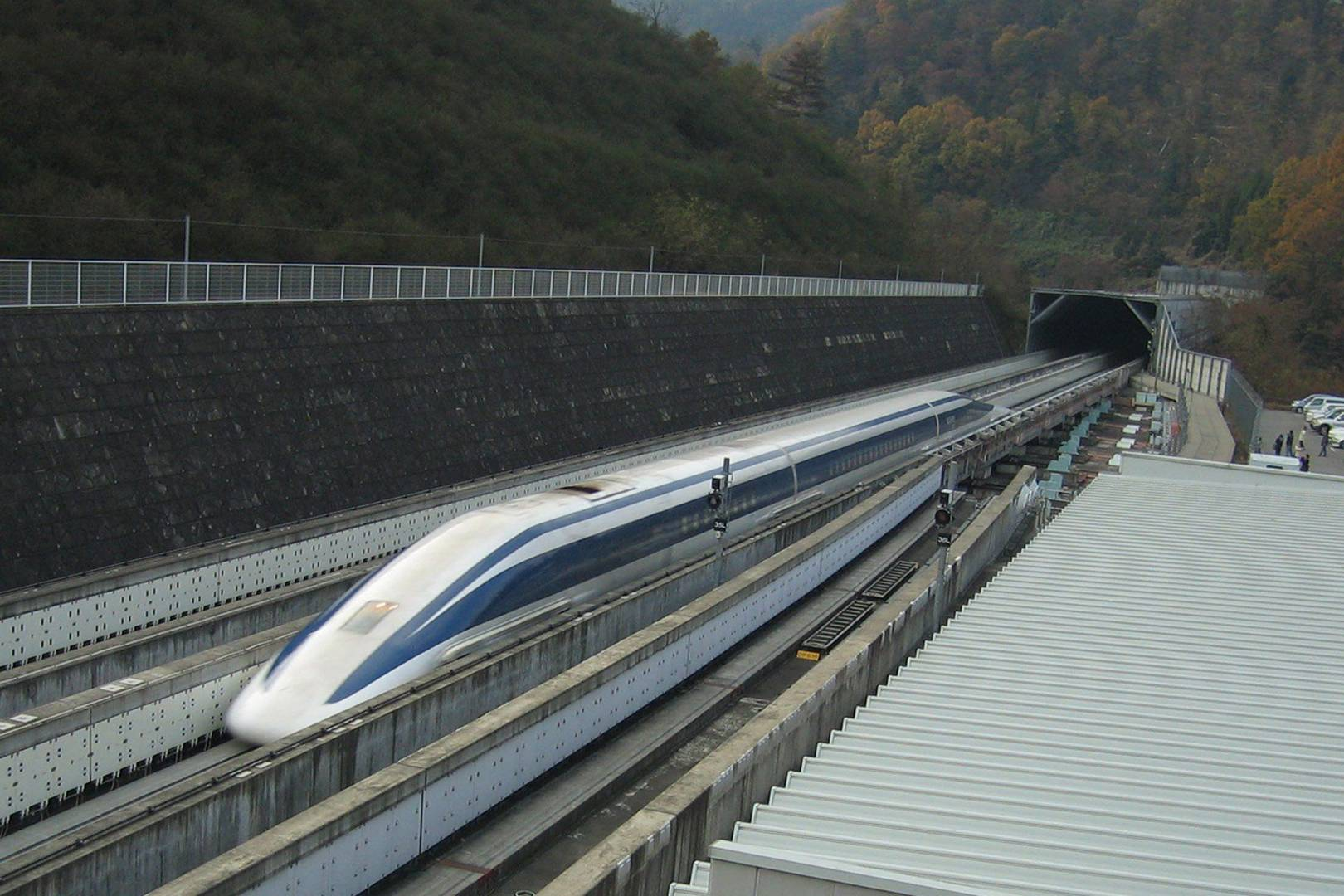 Japan's 500km/h maglev train undergoes first successful test