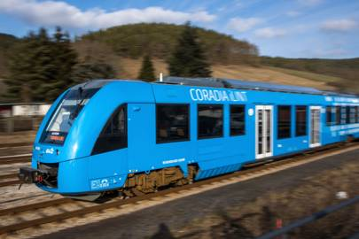 The UK's getting hydrogen trains, but they're not what we need