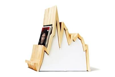 Spread 10Y magazine rack