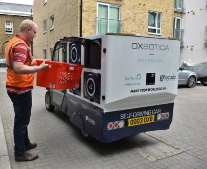 Driverless auto  delivers groceries to homes in Woolwich