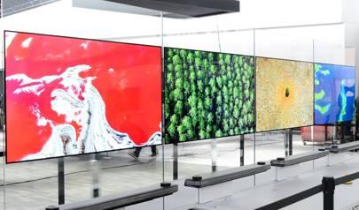 LG's Wallpaper W7 TV