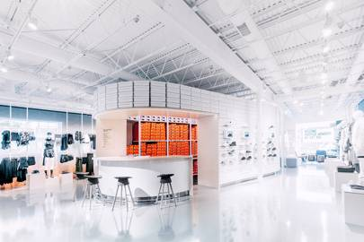 5fa5e458546 The Nike Live concept store acts as a hub for loyal customers. Vending  machines give out free products and the shop's stock is determined by data  about the ...