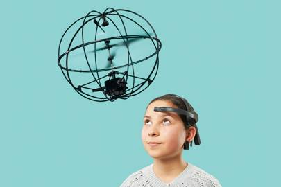 As if by telekinesis, the Orbit helicopter is controlled by your deepest thoughts