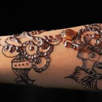 P-phenylenediamine reaction from a henna tattoo
