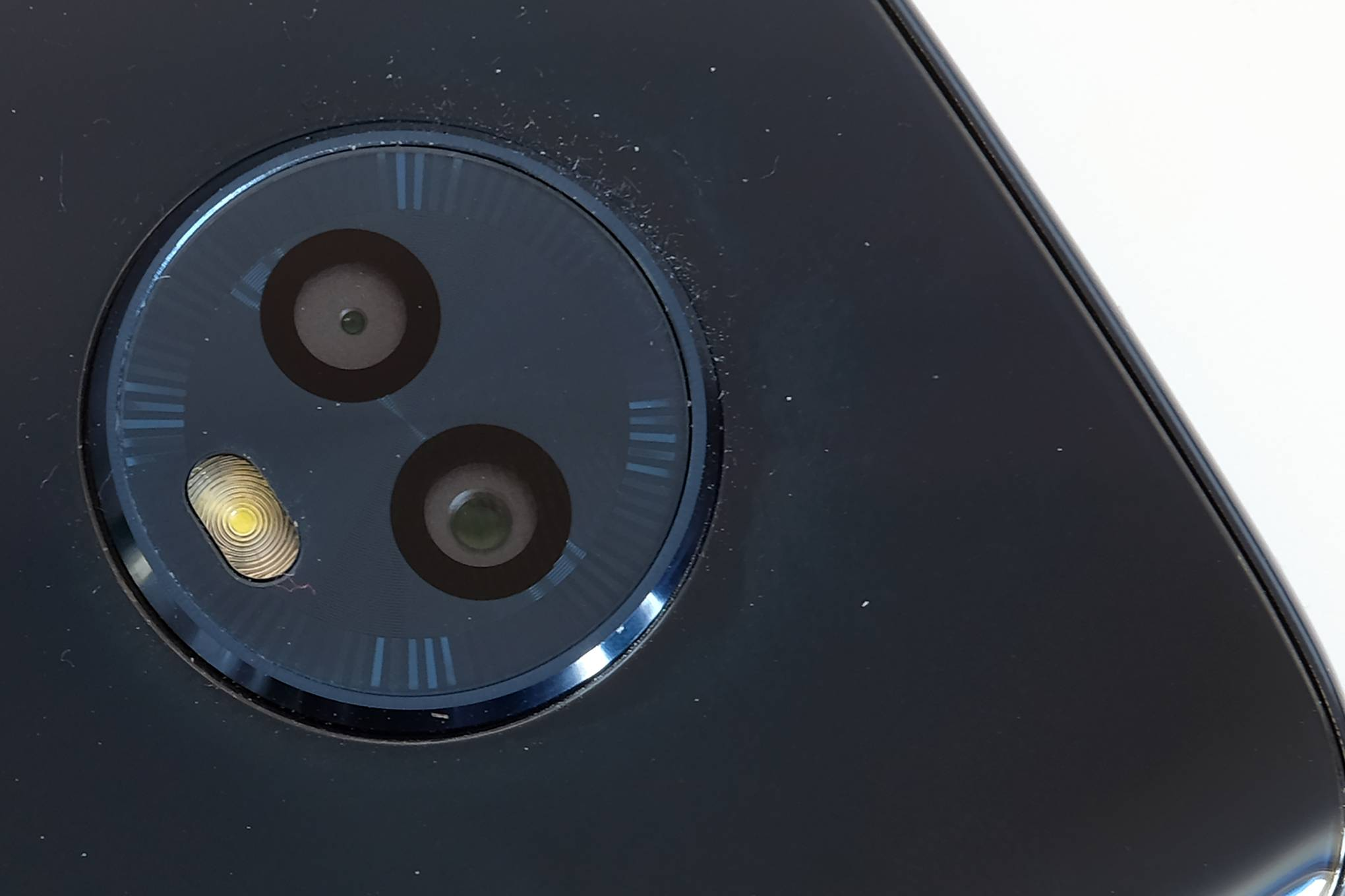 The Moto G6 exposes the identity crisis plaguing Android's top-end