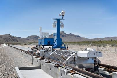 Hyperloop One's propulsion test rig and retrieval mechanism in Nevada, May 2016