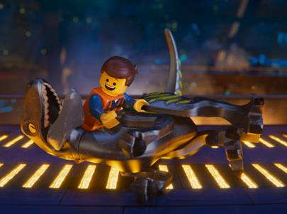 From space dinosaurs to a flying party bus, these are the craziest sets from The LEGO Movie 2